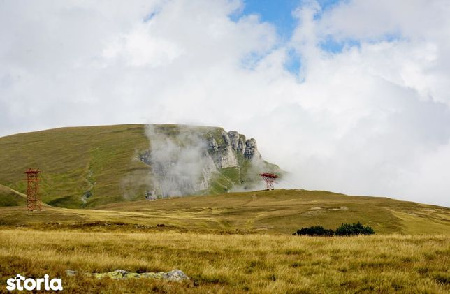 Bucegi zona alpină înaltă teren pentru cabană, turism, ski