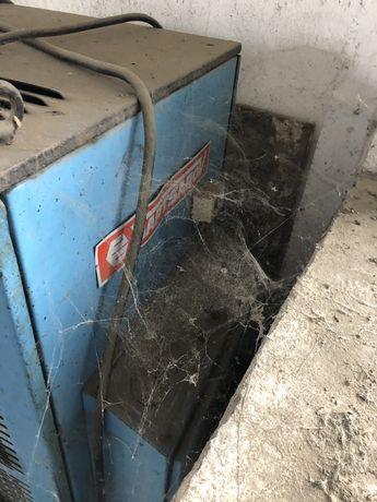 Винтов компресор вапцаров