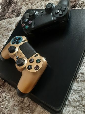 PS4 SLIM(stare foarte buna)