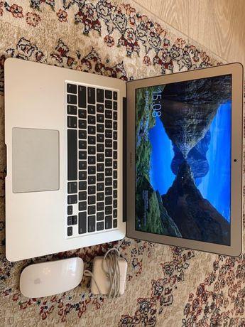 Продам MacBook air 13 2015 года
