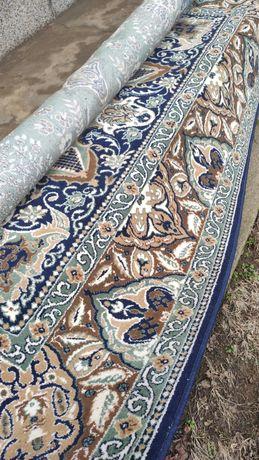 Персийски килим.
