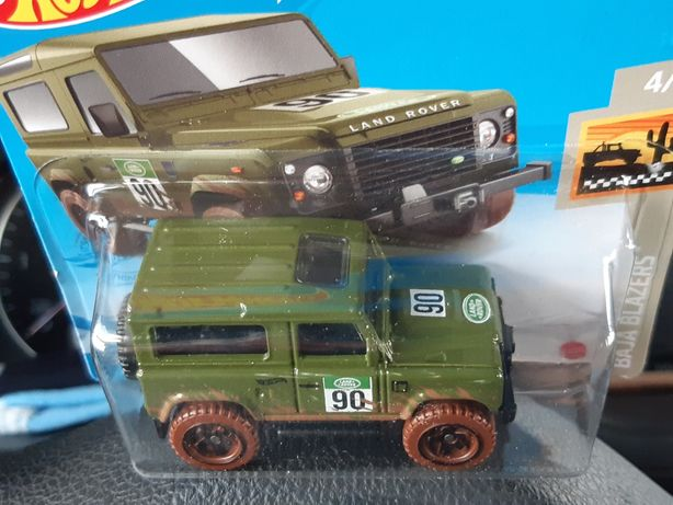 Macheta Hot Wheels Land Rover Defender si Chevelle SS'69 de colectie