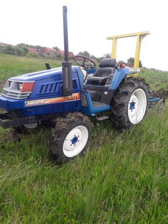 Tractor japonez Iseki