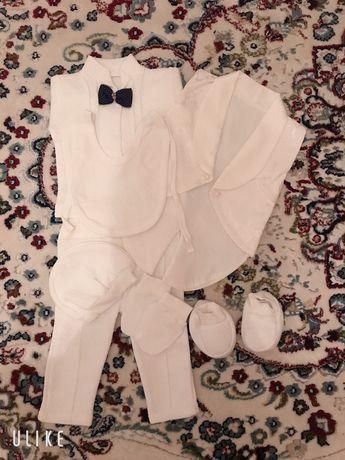 Продам костюм для новорожденного малыша