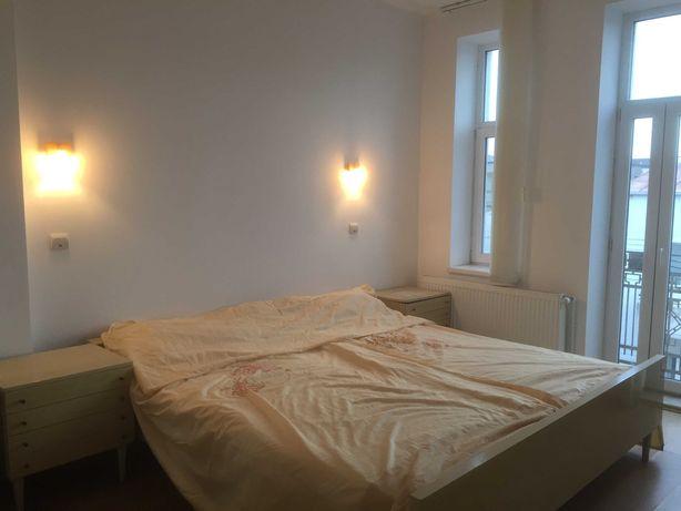 Schimb/vind Constanta 2 Apartamente central 6 Camere birour + locuința
