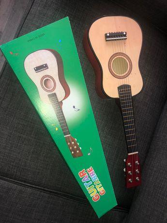 Chitara pentru copii de lemn, marime 55 cm culoare crem