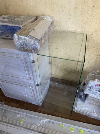 Шкафы витринные