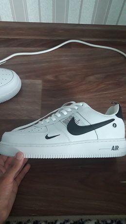 кроссовки Nike Air Force 1 07 Lv8 Ultra White