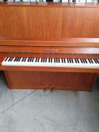 пиано Zeitter and Winkelmann
