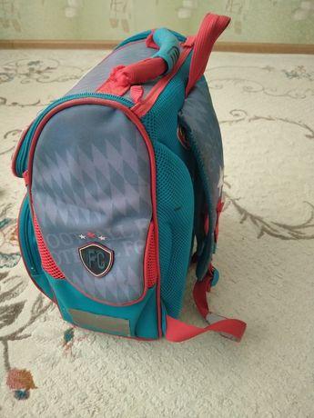 Подам школьную сумку!