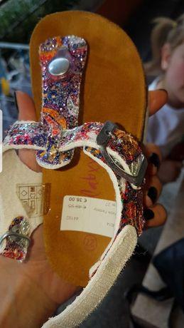 Oбувки prada next  kецове сандали