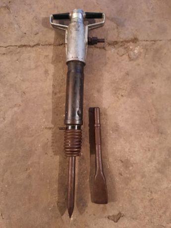 Продам отбойный молоток производство СССР