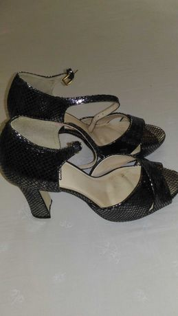 Обувки дамски 40, Mary&Clarks
