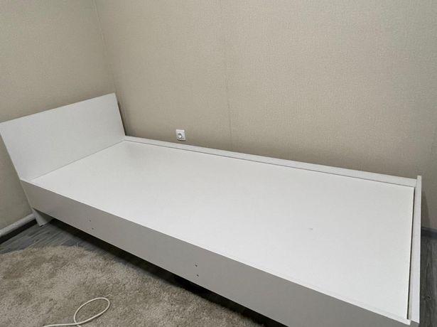 Продам кровать новая