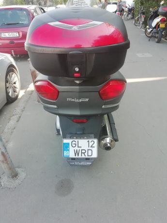 Vând moto scuter Malaguti