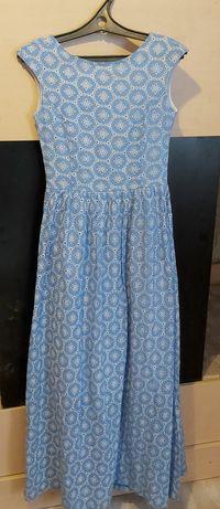 Летнее платье в отличном состоянии 44 размер