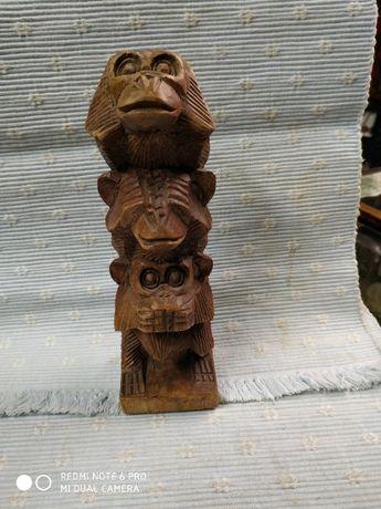 Трите маймунки , не знам, не чух, не видях - дърворезба