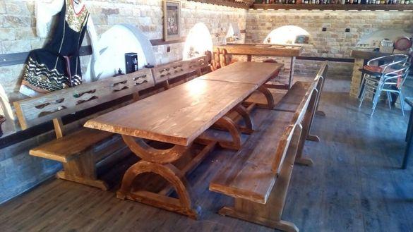 Изработка на дървени маси по поръчка