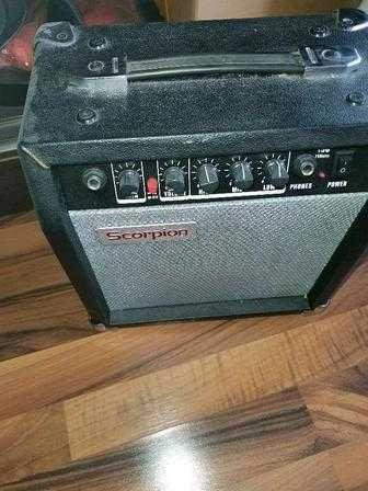 Комбоусилитель для гитары Scorpion G25 в хорошем состоянии