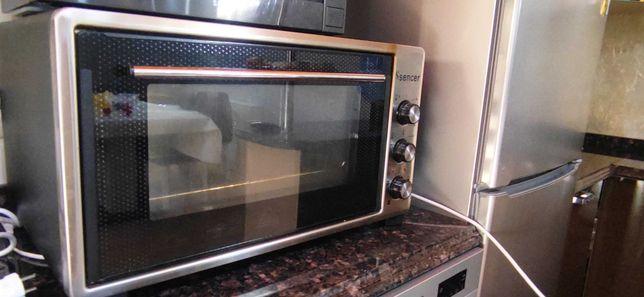 Срочно продам духовку электрическую за 35 000