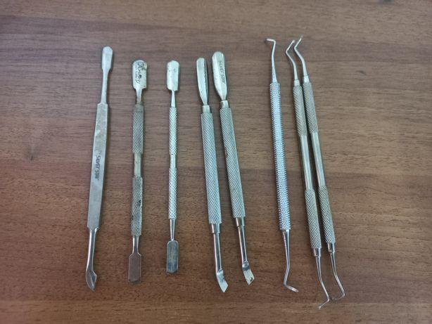 Продам б/у материалы и оборудование для мастера маникюра