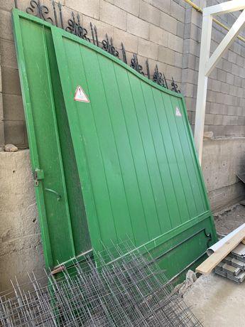 Ворота зеленые