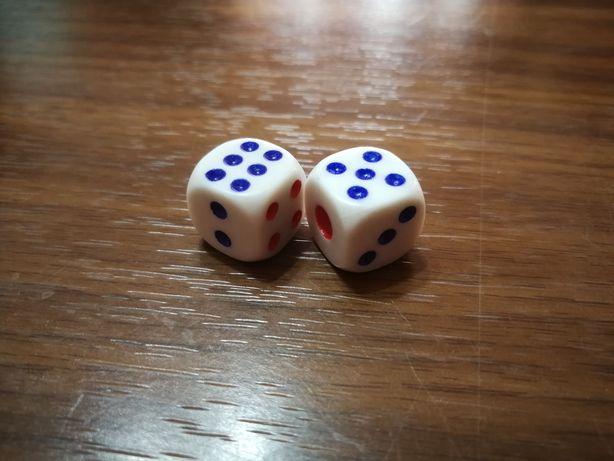 игральный кость(зарики)игральный кубик
