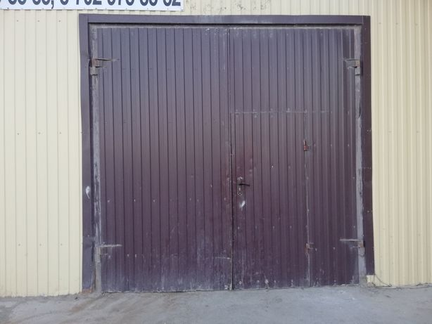 Ворота металлический, цвет коричневый, 5 штук, в хорошем состоянием..