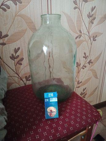Продам бутыль , стекло