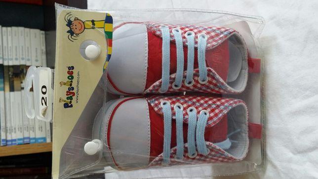 Papuci / tenisi bebe noi nr 20