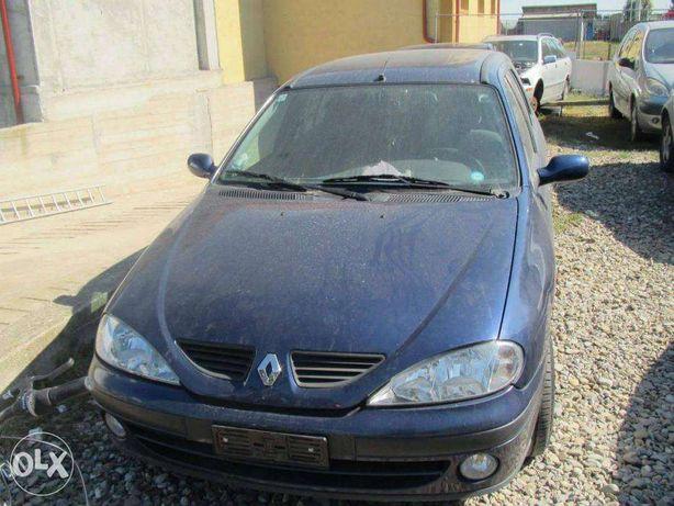 Dezmembrez Renault Megane1 1,9dci An.2001