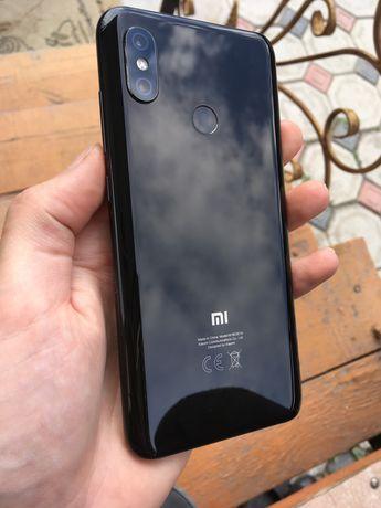 Xiaomi mi8 6/64 в отличном сост срочно