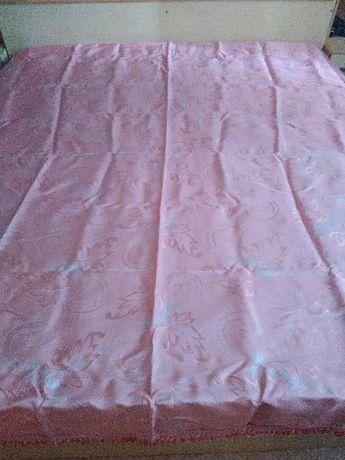 Сатенена либийска покривка за спална