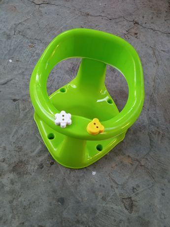 Детский стульчик в ванную