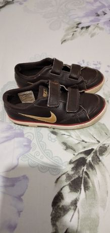 Adidași Nike marimea 28