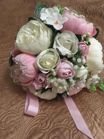 Срочно продам красивый букет цветов