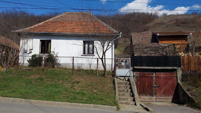 Casa de vanzare - Hula Veche 38