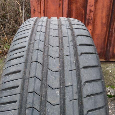 Продават се летни гуми Vredestein Ultrac Satin 225/45/17
