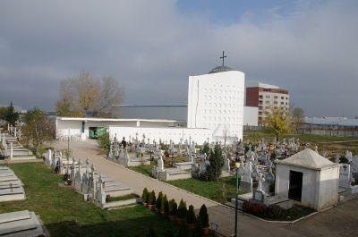 Cavou 6 locuri cimitirul Mihail si Gavril Bucuresti