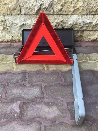 Светлоотразителен триъгълник
