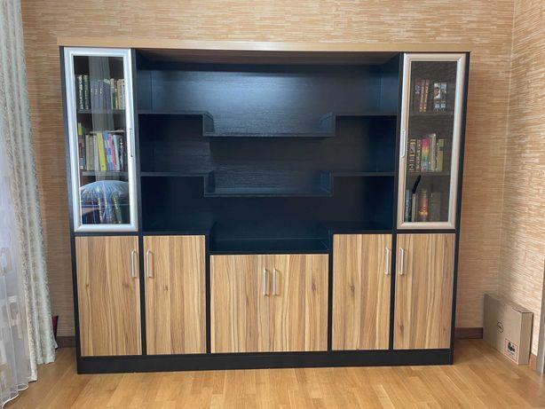 Комплект мебели для офиса/кабинета