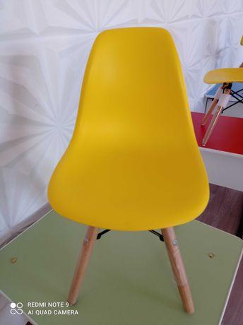Детские стулья, в наличии 10 штук