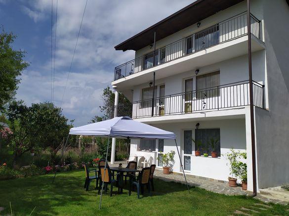 Нощувки Villa Savovi - Varna / къща-вила за гости / стаи под наем /