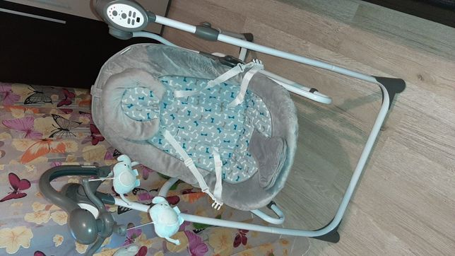 Vînd leagăn 2 în 1,premergator și carut bebe