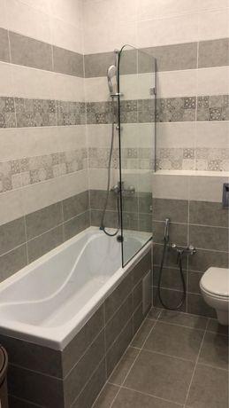 Стекляная перегородка  для ванной