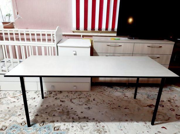 Продам новый стол Размер 175х75 Легкий и практичный Каркас металлическ