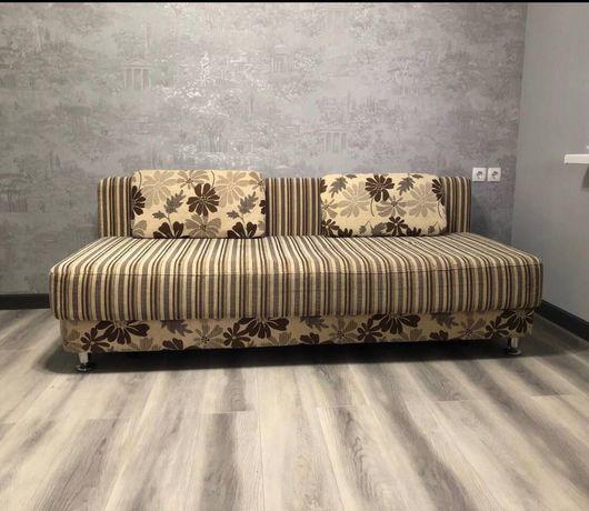 Продаётся диван (раскладной)