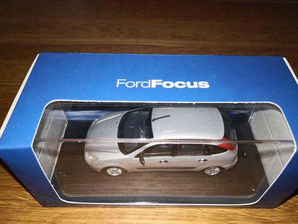 Se vinde machetă,jucarie Ford focus