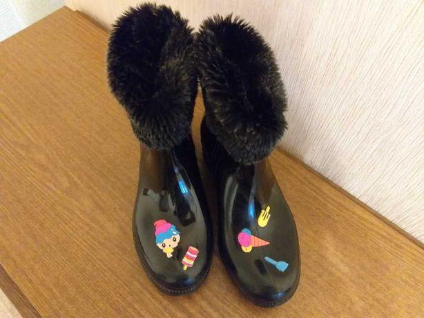 Резиновые ботиночки на девочку, подойдут на 35-36 р-р