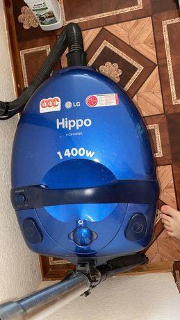 Продам пылесос LG Hippo для влажной и сухой уборки.